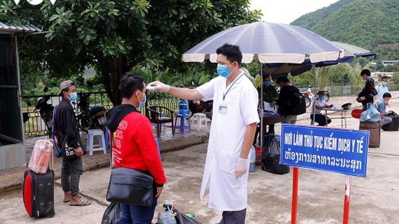 Sơn La cách ly 3 trường hợp đi chung chuyến bay có bệnh nhân mắc Covid-19