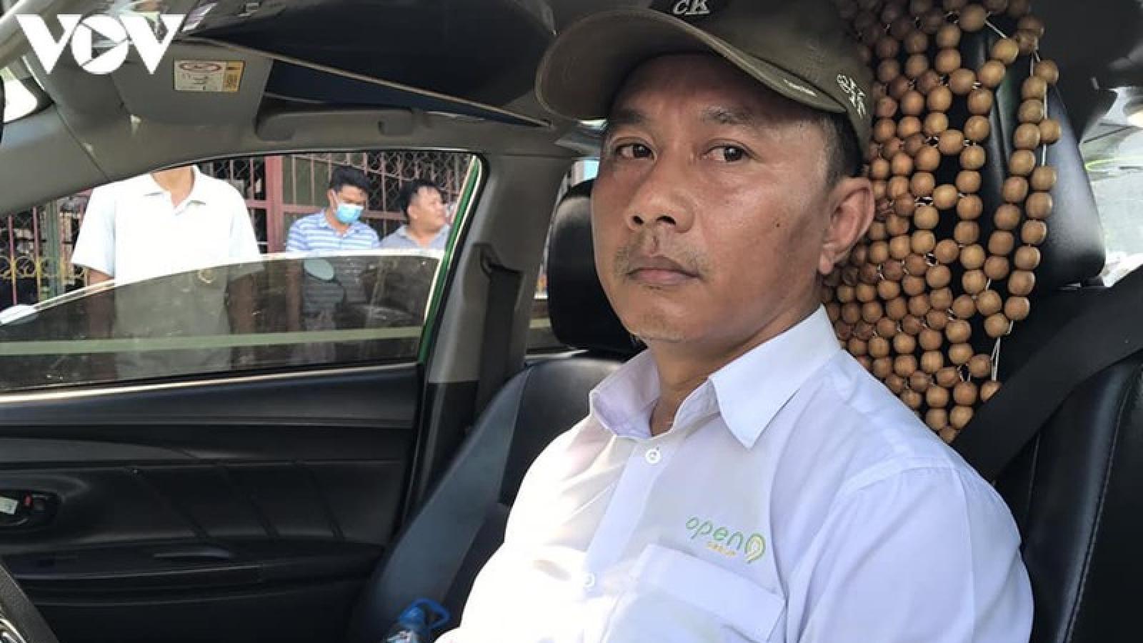 Bắt giữ tài xế taxi mua bán một lượng lớn các chất ma túy