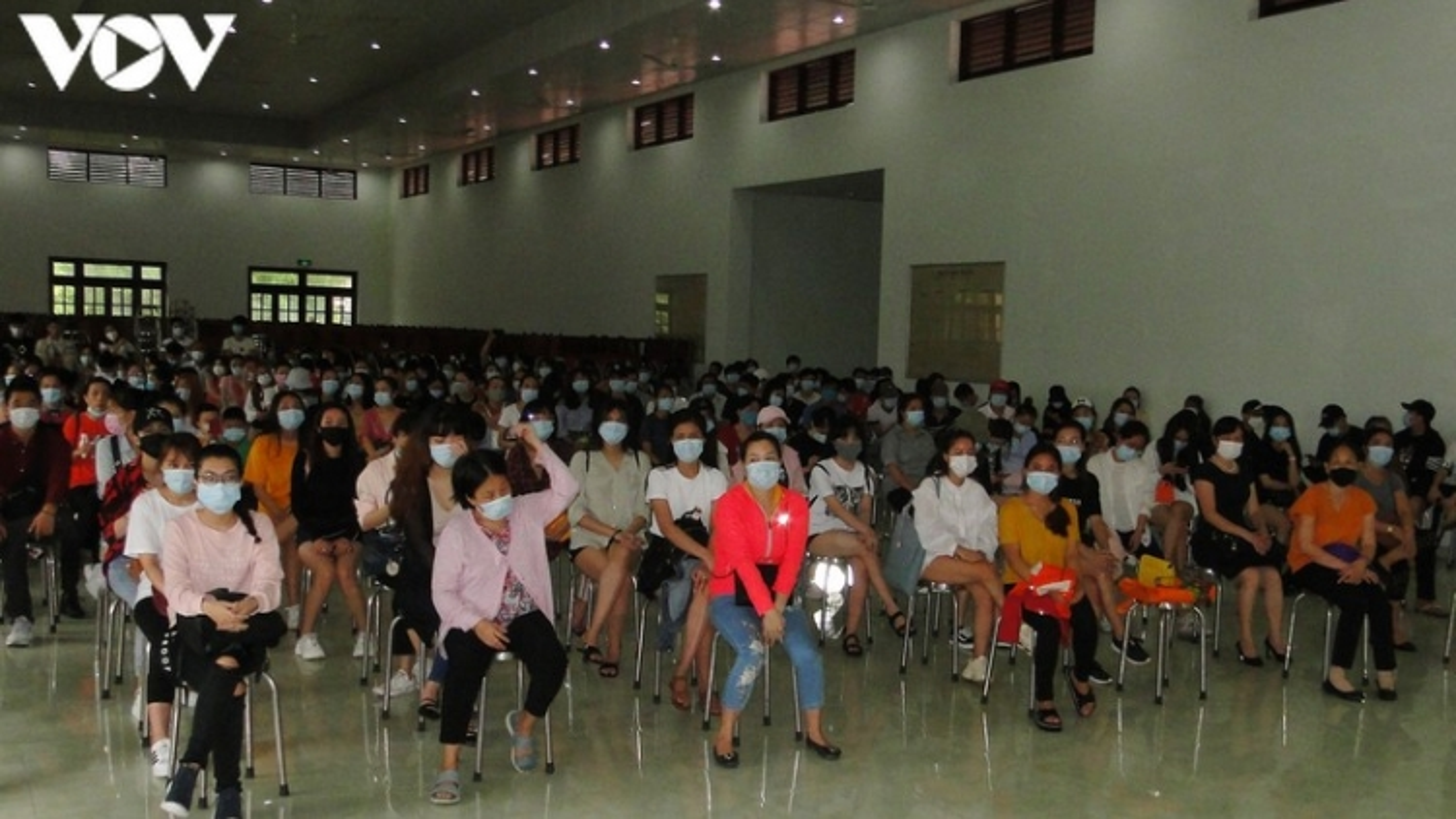 240 công dân Tiền Giang từ Singapore về hoàn thành thời gian cách ly y tế