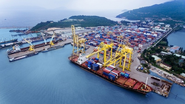 Trade surplus reaches record high of US$8.23 billion over seven months