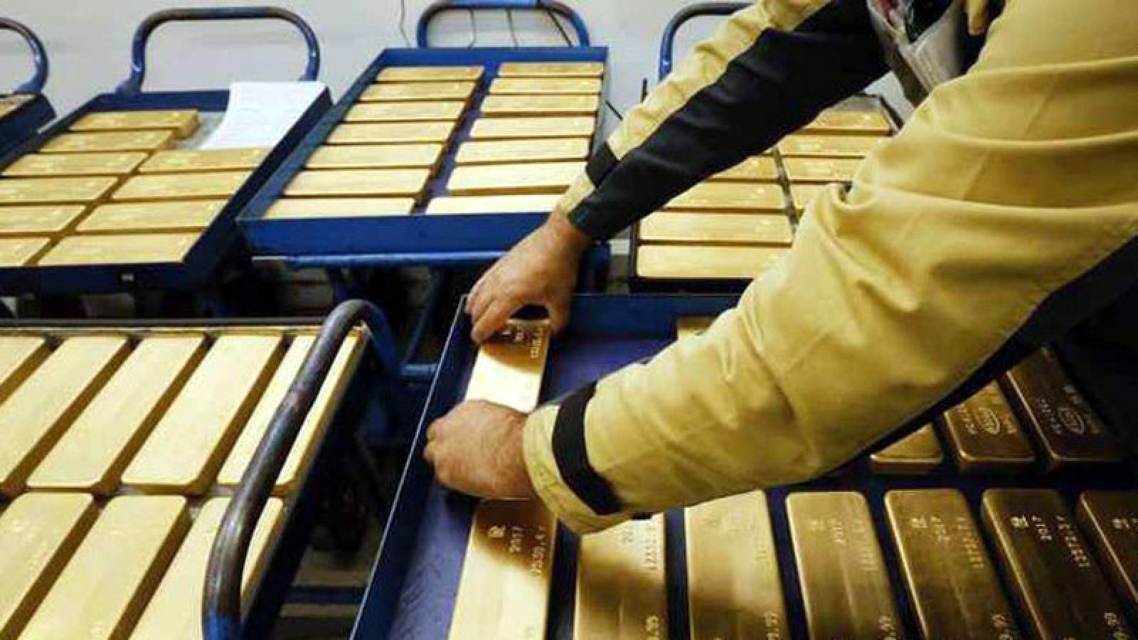Giới phân tích không kì vọng vàng sẽ tăng giá trở lại?