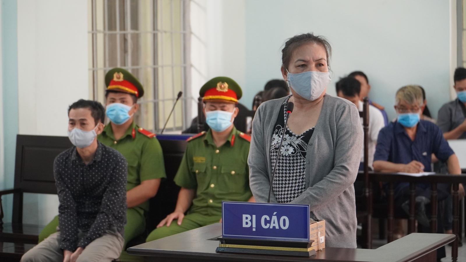 Nhóm dàn cảnh móc túi ở Suối Tiên lĩnh án tù