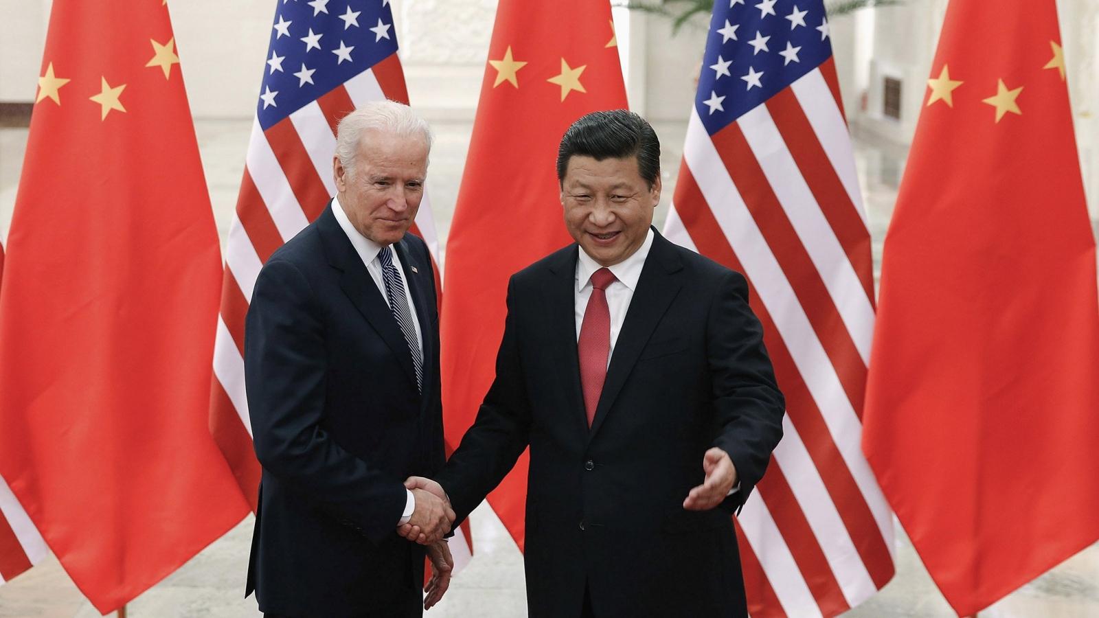 """Biden trước sức ép """"phải khác"""" Trump trong chính sách với Trung Quốc"""