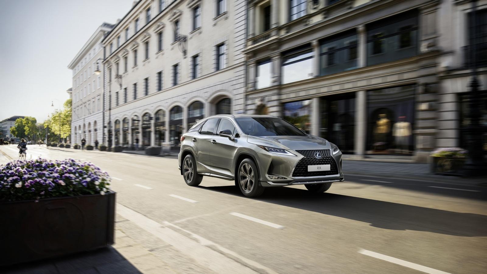 Lexus RX 2021 thêm phiên bản Sport cho thị trường châu Âu