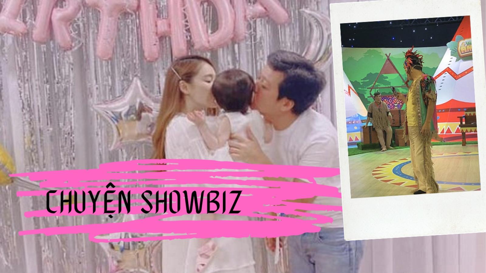 Chuyện showbiz: Trường Giang lôi điện thoại facetime với con gái giữa buổi quay hình