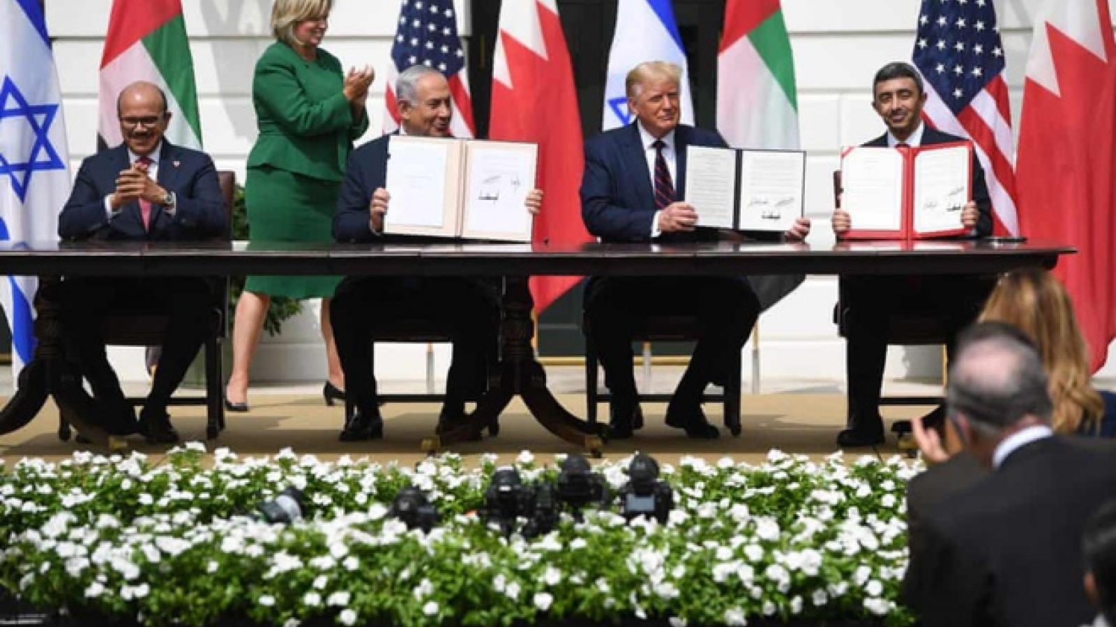 Israel ký thỏa thuận hòa bình với UAE và Bahrain tại Nhà Trắng