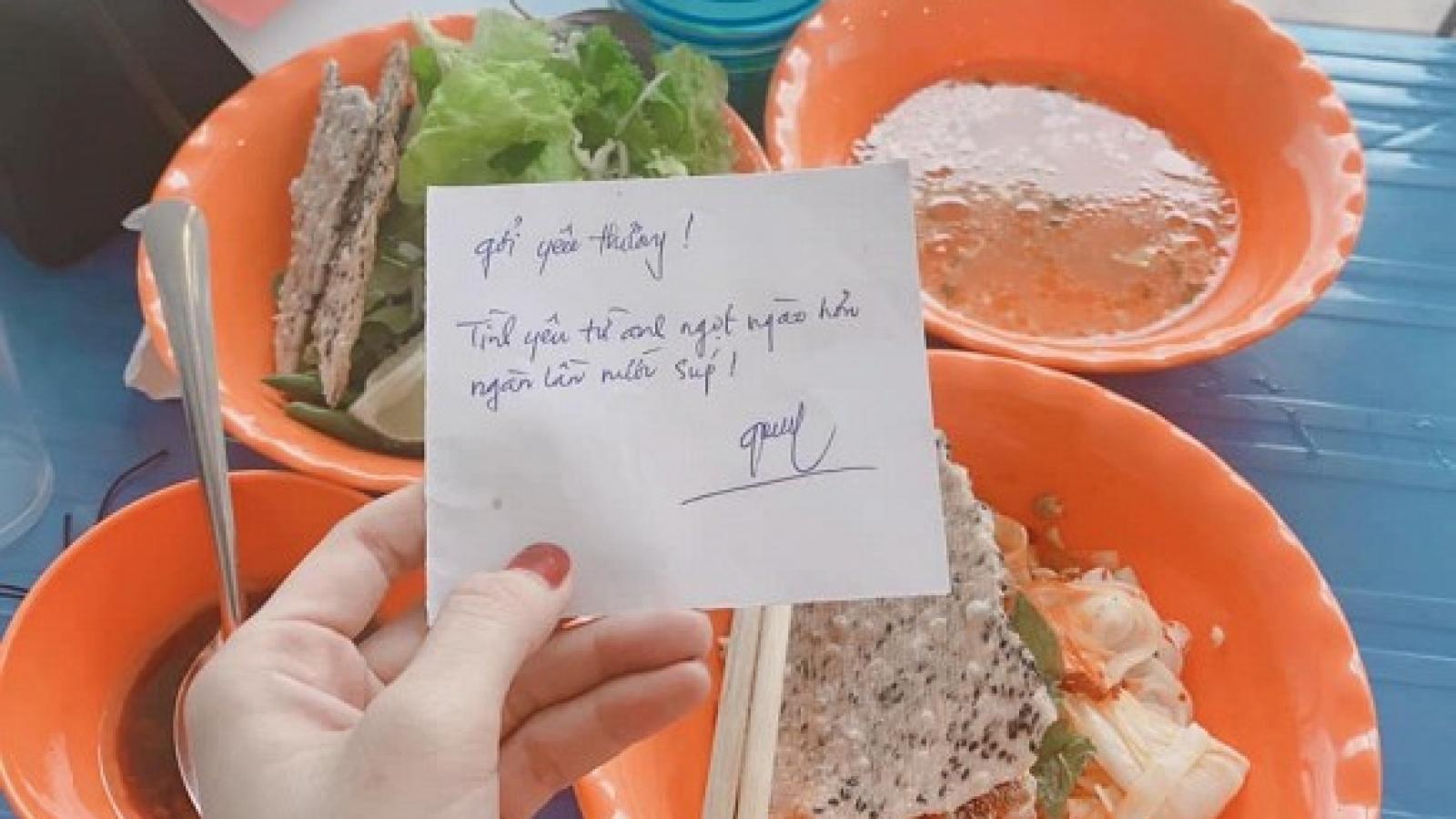 Chuyện showbiz: Nhã Phương nhận được món ăn và lời nhắn cực ngọt từ ông xã Trường Giang