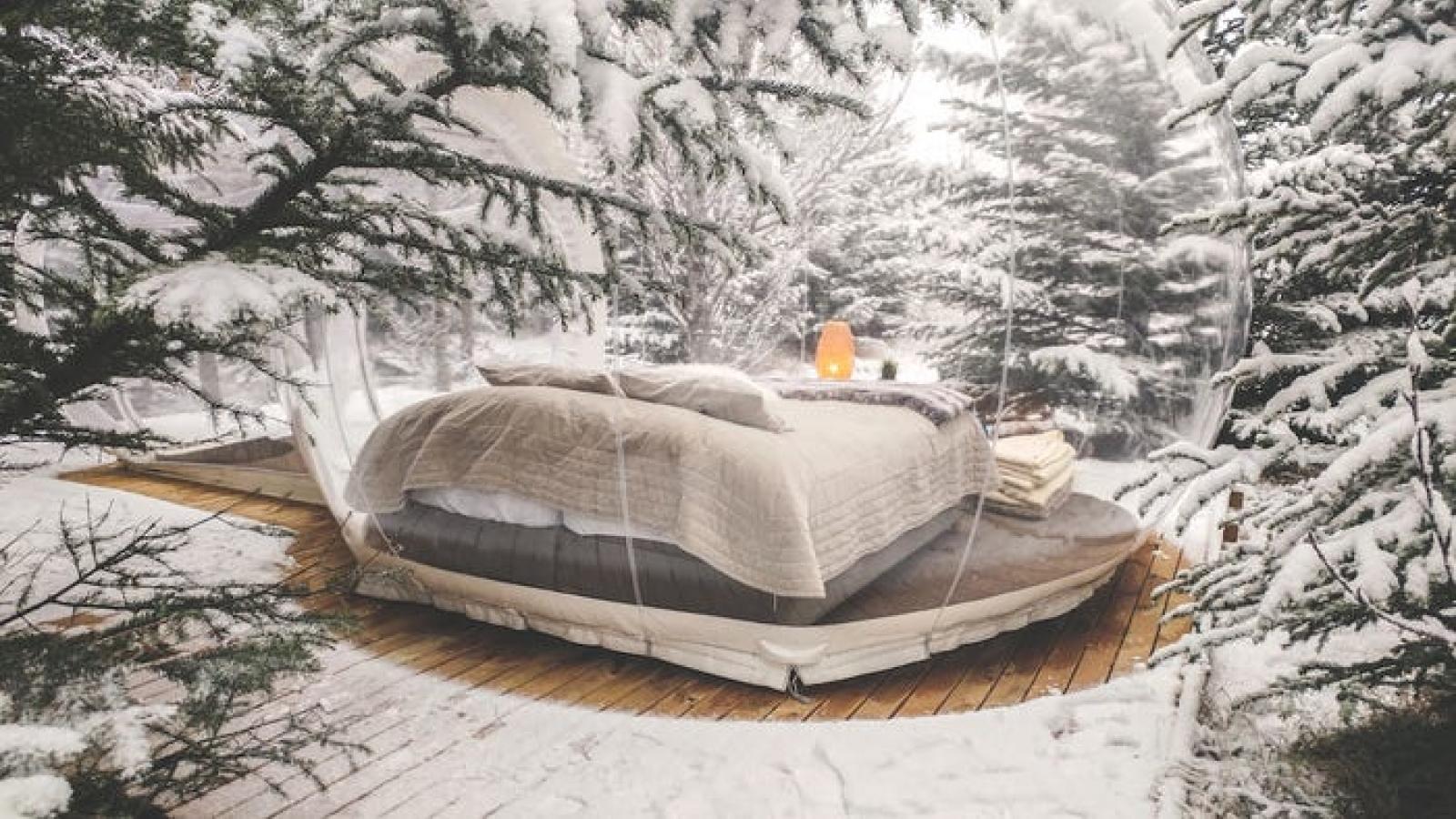 """Kiến trúc độc đáo của khách sạn bong bóng """"ngàn sao"""" ở Iceland"""