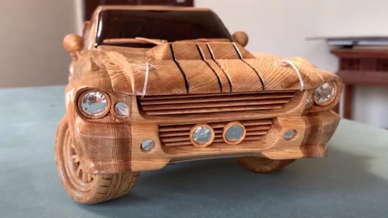 Thợ mộc Việt lại gây chú ý với mô hình Ford Mustang Eleanor cực chất
