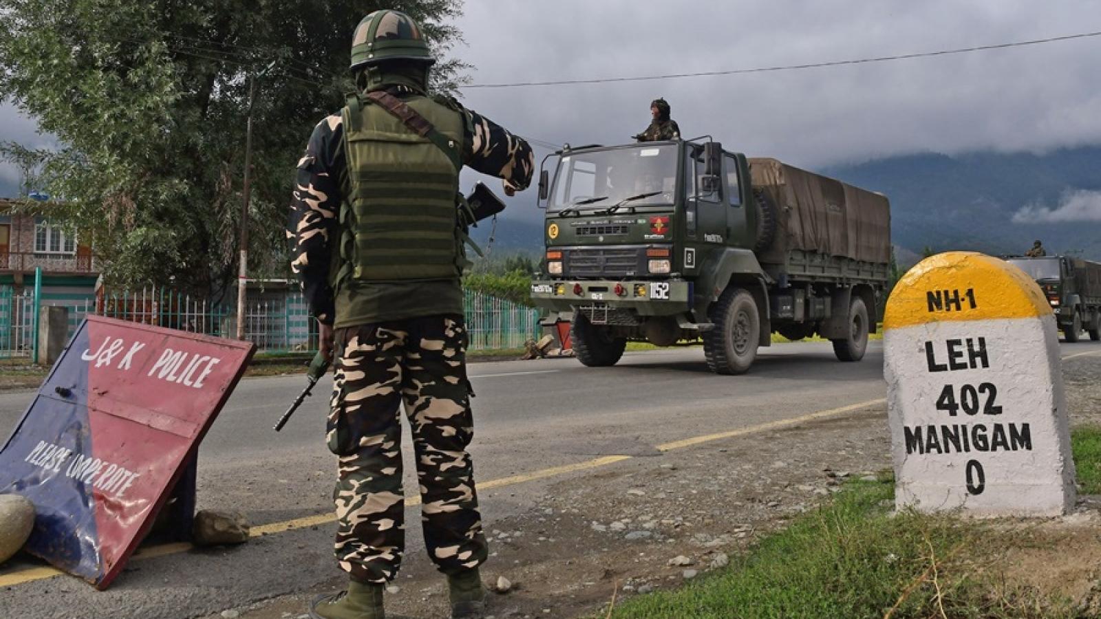 Chỉ huy quân đội Ấn Độ và Trung Quốc đàm phán giải quyết căng thẳng biên giới