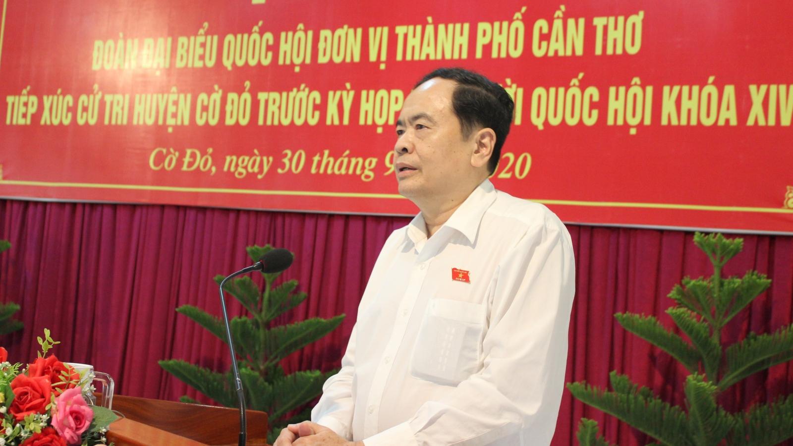 Chủ tịch Mặt trận Tổ quốc Việt Nam tiếp xúc cử tri tại Cần Thơ