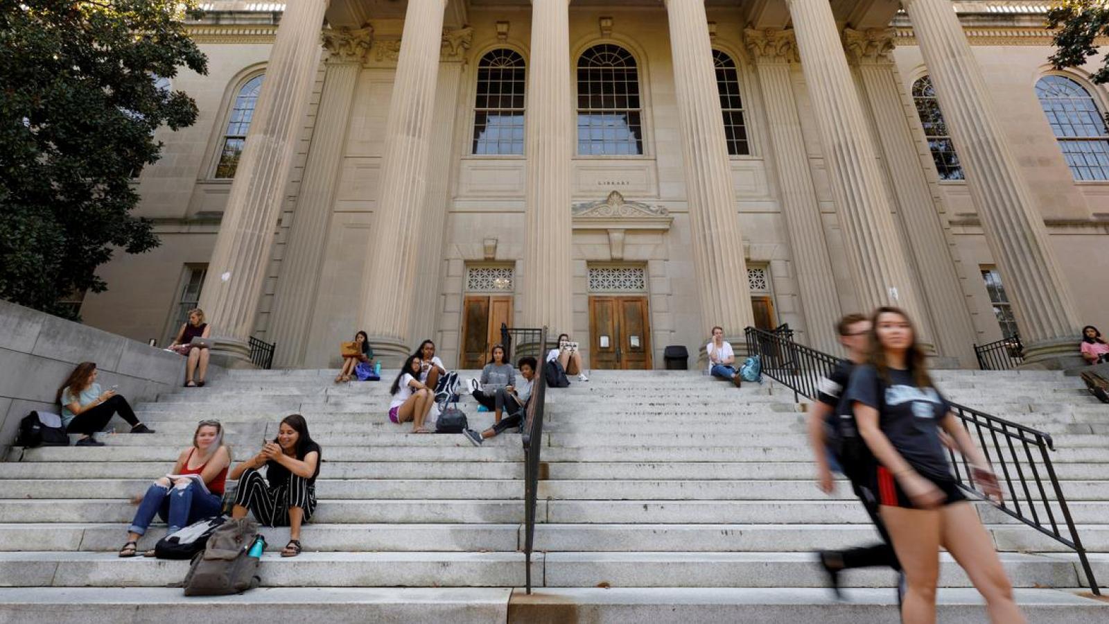 Mỹ hủy thị thực của hơn 1.000 sinh viên và nghiên cứu sinh Trung Quốc