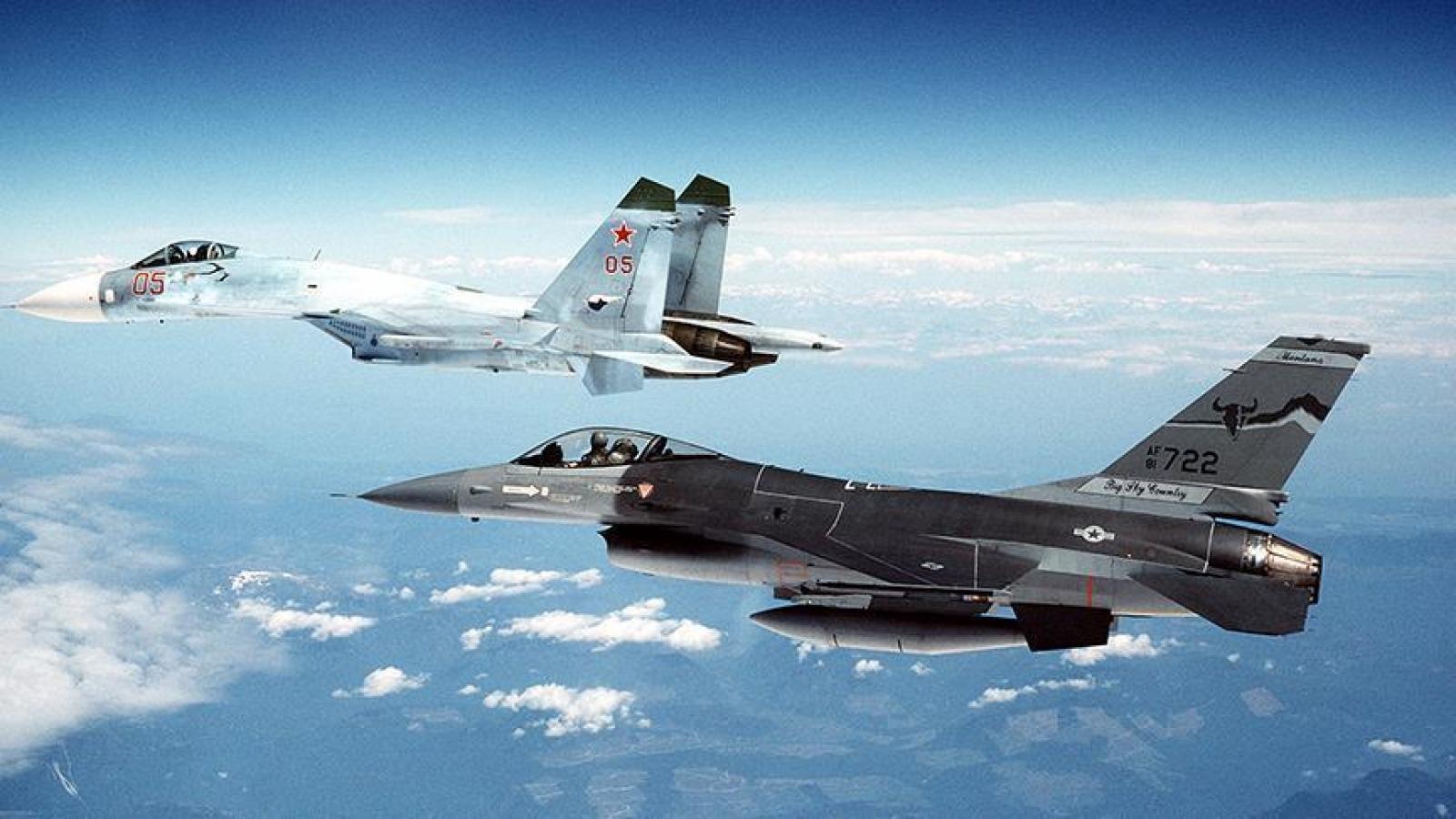 Nga đánh chặn máy bay trinh sát Mỹ trên Biển Đen