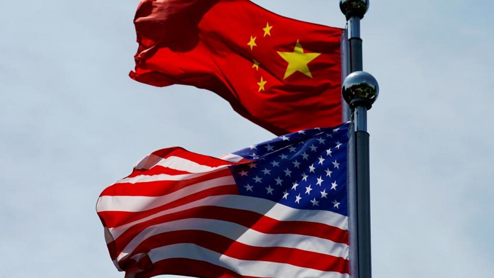 """""""Mỹ tổn thất 500 tỷ USD mỗi năm do Trung Quốc đánh cắp tài sản sở hữu trí tuệ"""""""