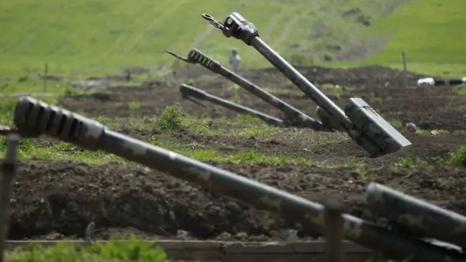 Armenia cáo buộc Azerbaijan phát động tấn công quân sự