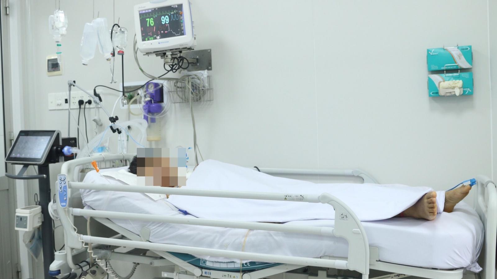 Điều trị nhầm hơn 1 tháng mới được phát hiện ngộ độc pate Minh Chay