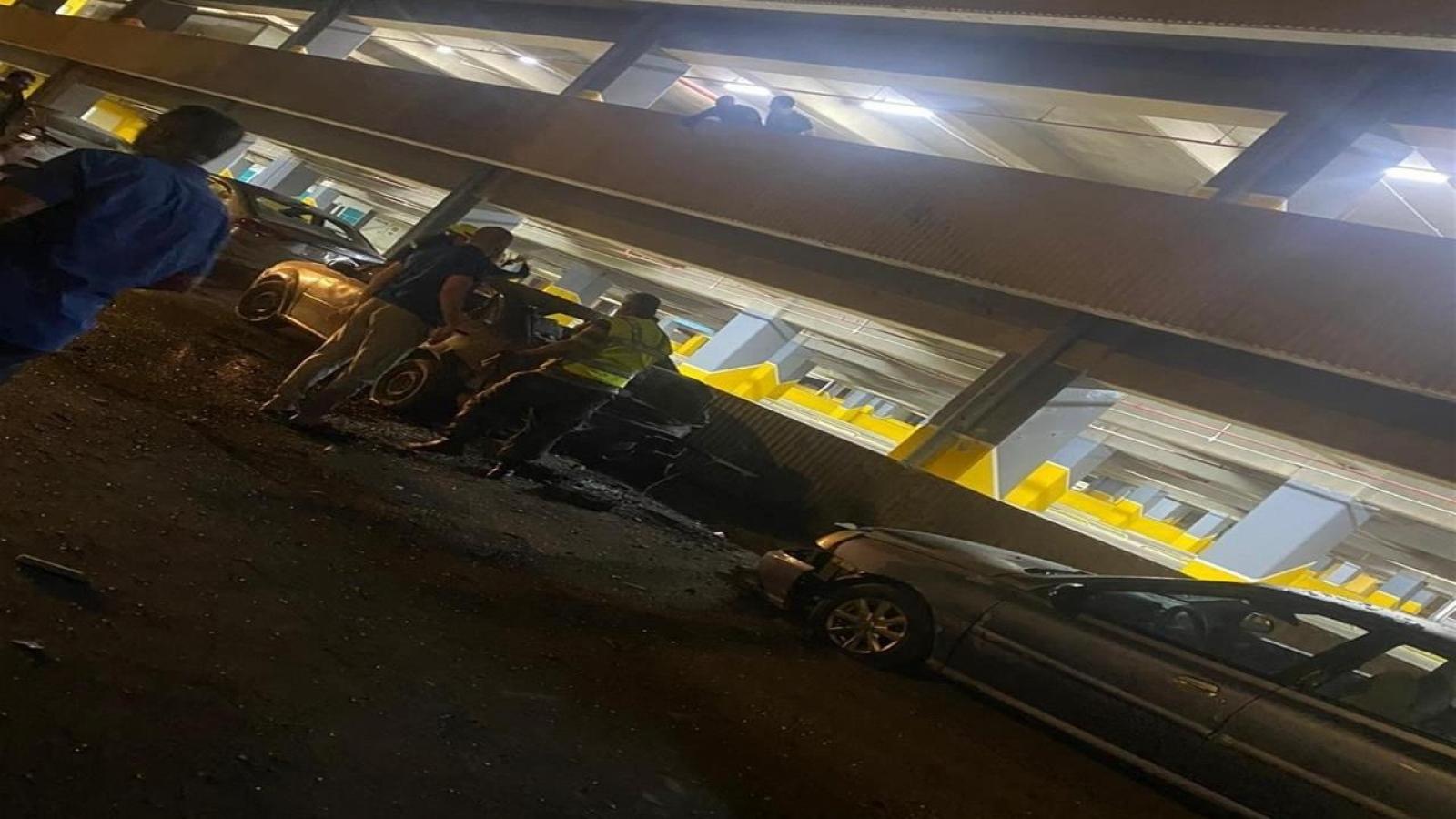 3 quả tên lửa rơi gần sân bay quốc tế Baghdad (Iraq)