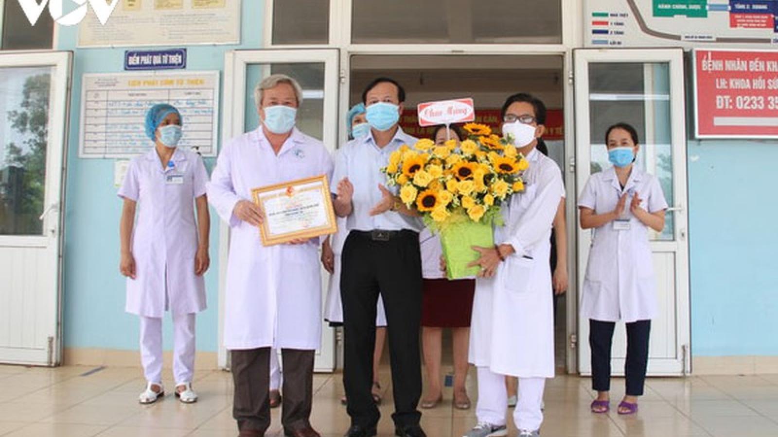 2 bệnh nhân tại Quảng Trị khỏi Covid-19 được xuất viện