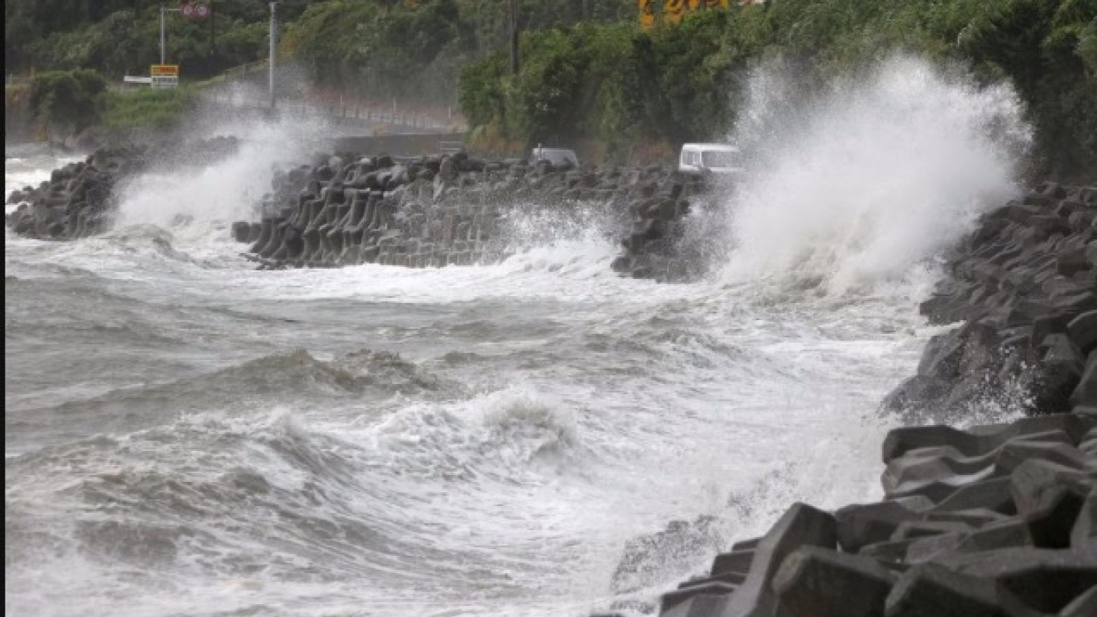 Nhật Bản gấp rút đối phó với siêu bão Haishen mạnh nhất trong nhiều thập kỷ