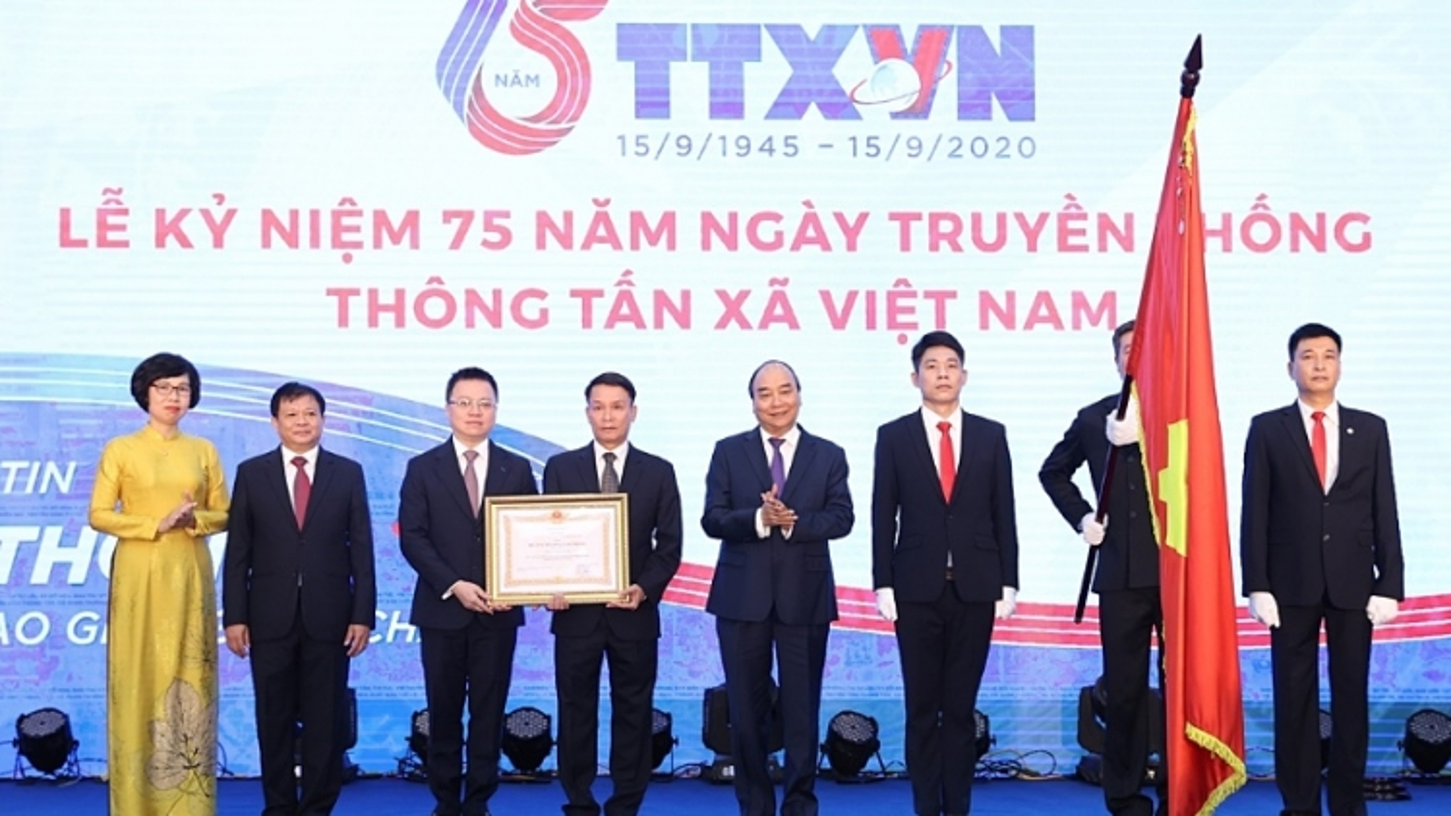 Thủ tướng: TTXVN cần giữ vững vị thế là trung tâm thông tin của Đảng, Nhà nước