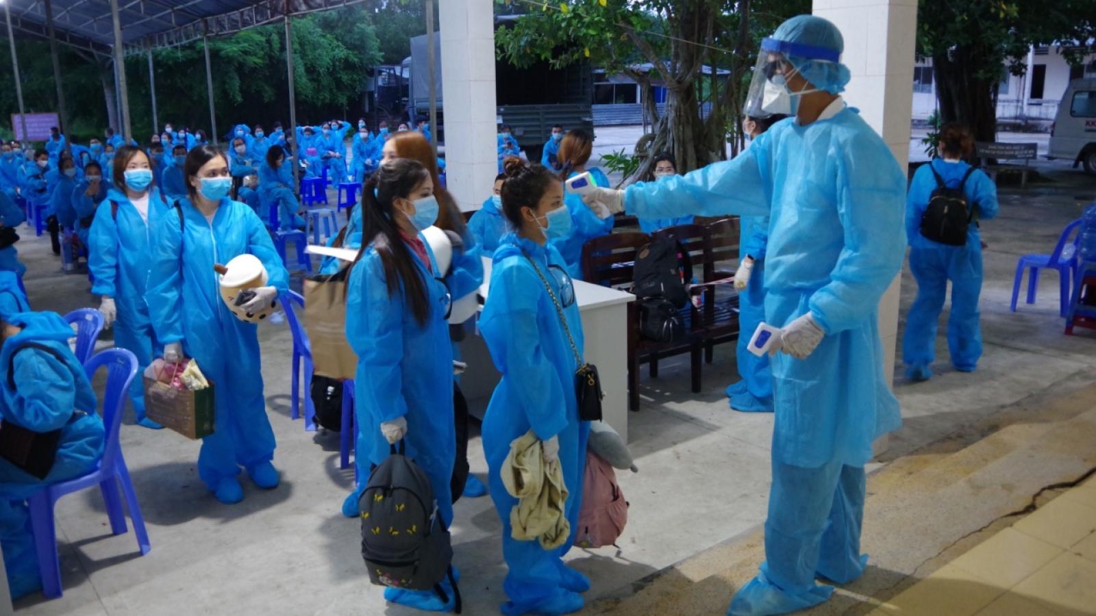 Sóc Trăng: tiếp nhận và cách ly y tế tập trung 146 công dân từ Singapore về nước