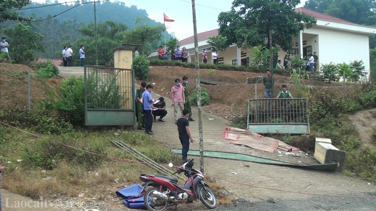 Vụ sập cổng trường tại Lào Cai, có chỉ đạo rà soát độ an toàn