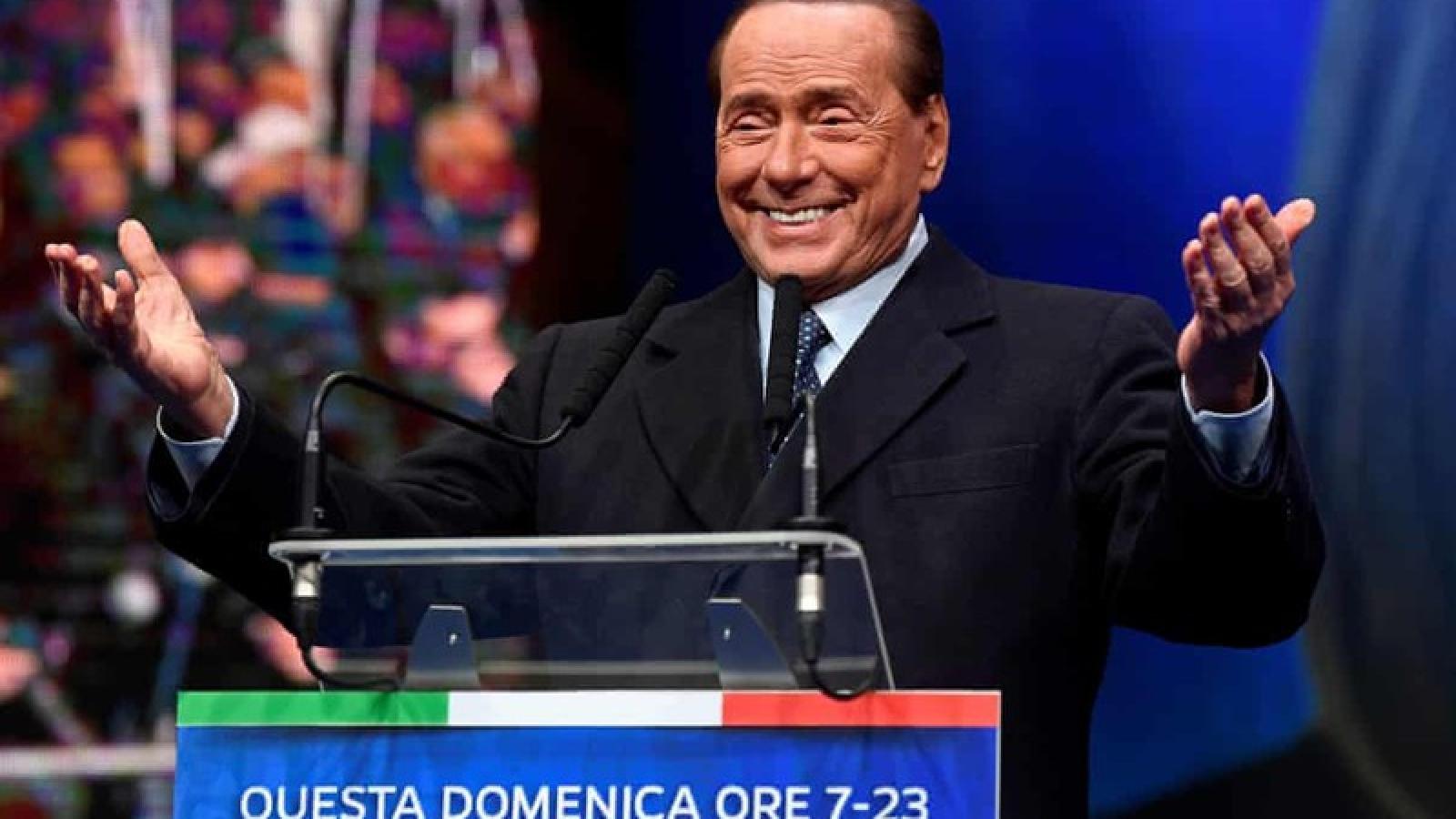 Cựu Thủ tướng Italy Berlusconi nhiễm virus SARS-CoV-2