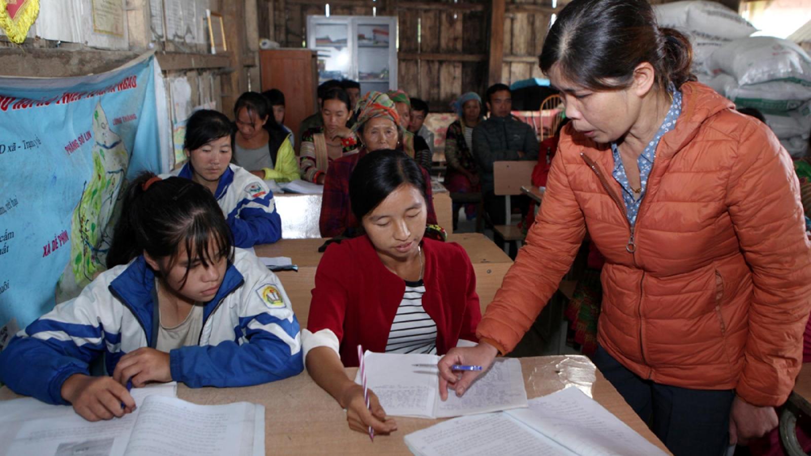Nông dân Sìn Hồ (Lai Châu) có thu nhập cao nhờ được đào tạo nghề