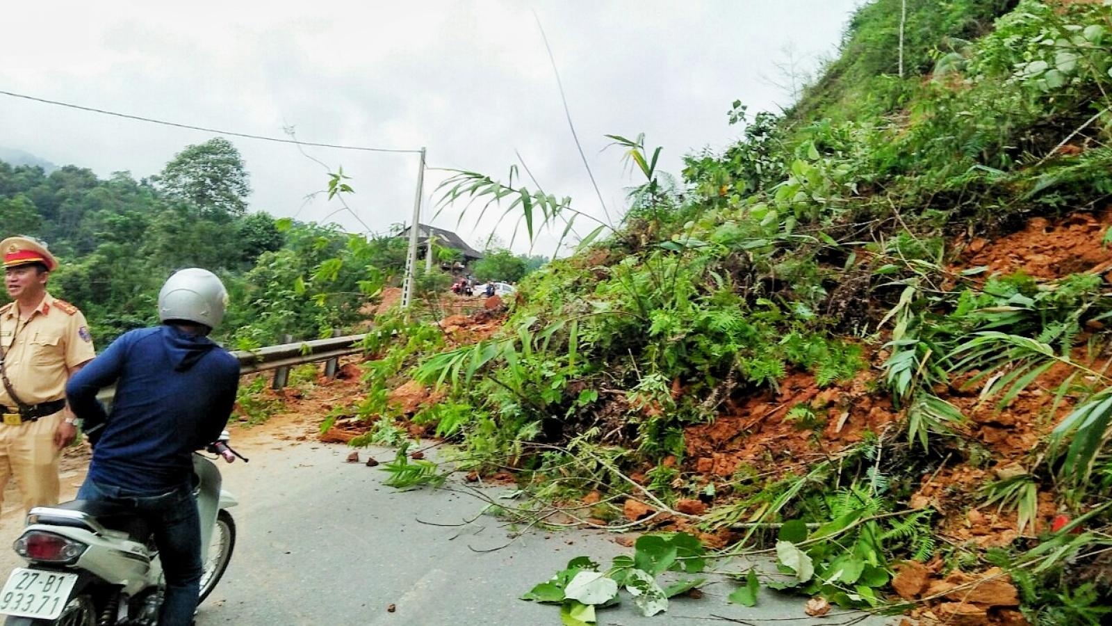 Điện Biên khắc phục sự cố sạt lở trên tuyến Quốc lộ 279