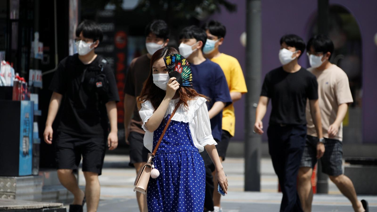 Hàn Quốc giảm nhẹ giãn cách xã hội tại Seoul