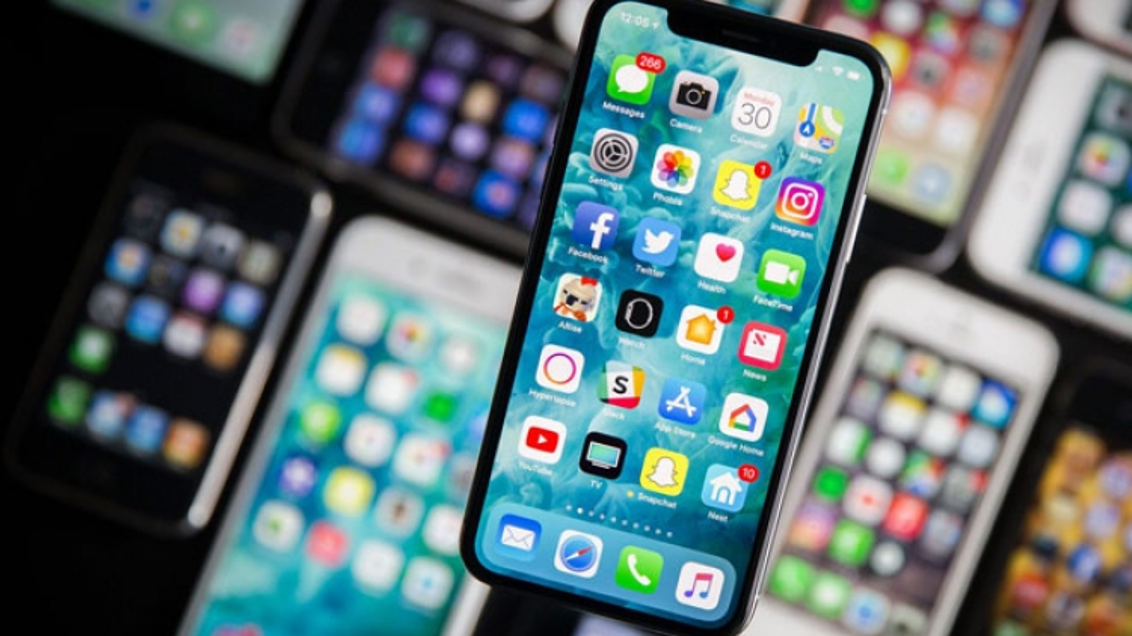 Giá bán smartphone ngày càng đắt đỏ?