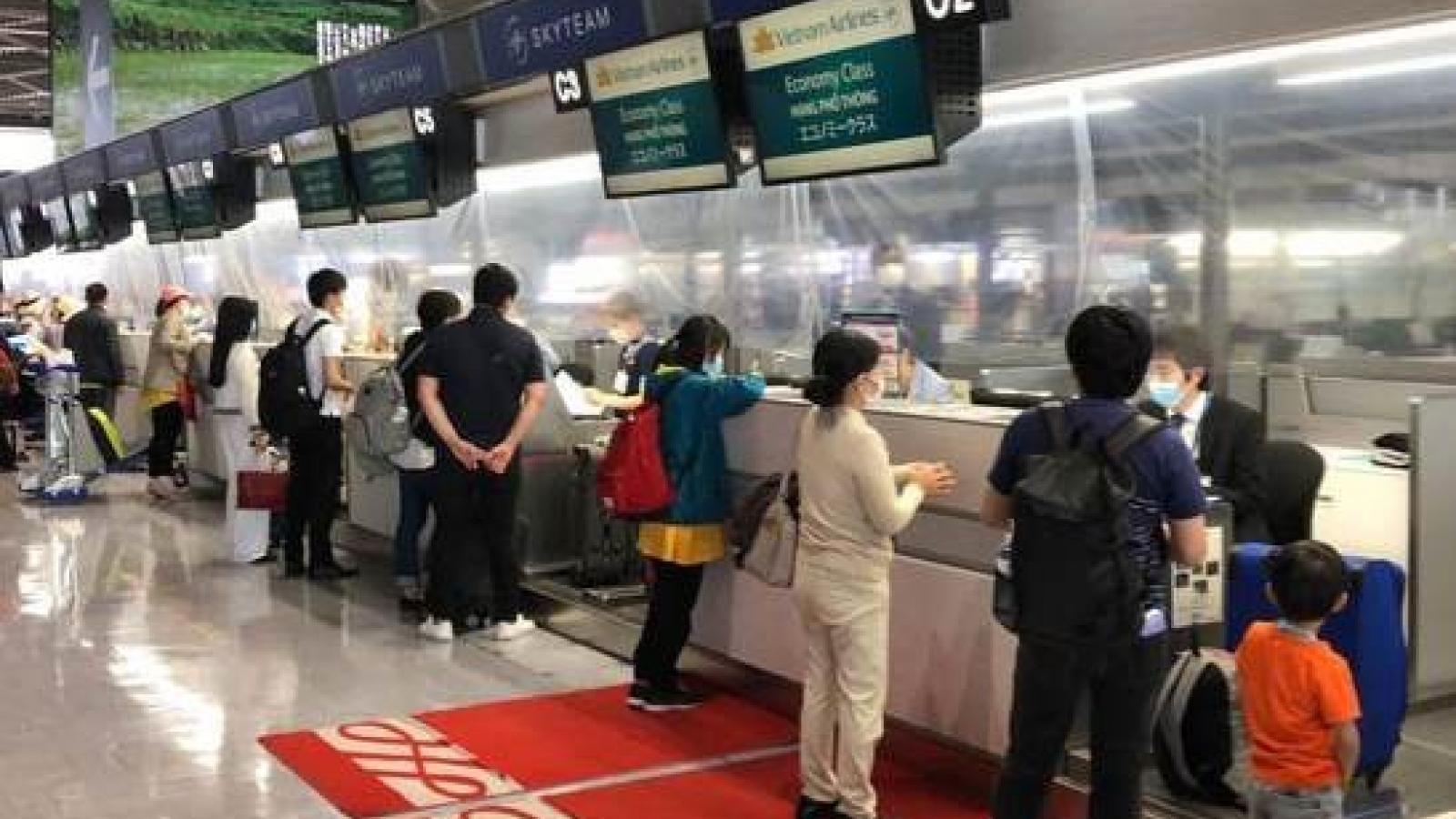 Đưa hơn 350 công dân Việt Nam từ Nhật Bản về nước