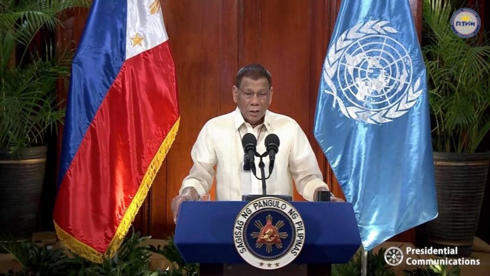 Tổng thống Philippines bảo vệ phán quyết Biển Đông và cuộc chiến chống ma túy