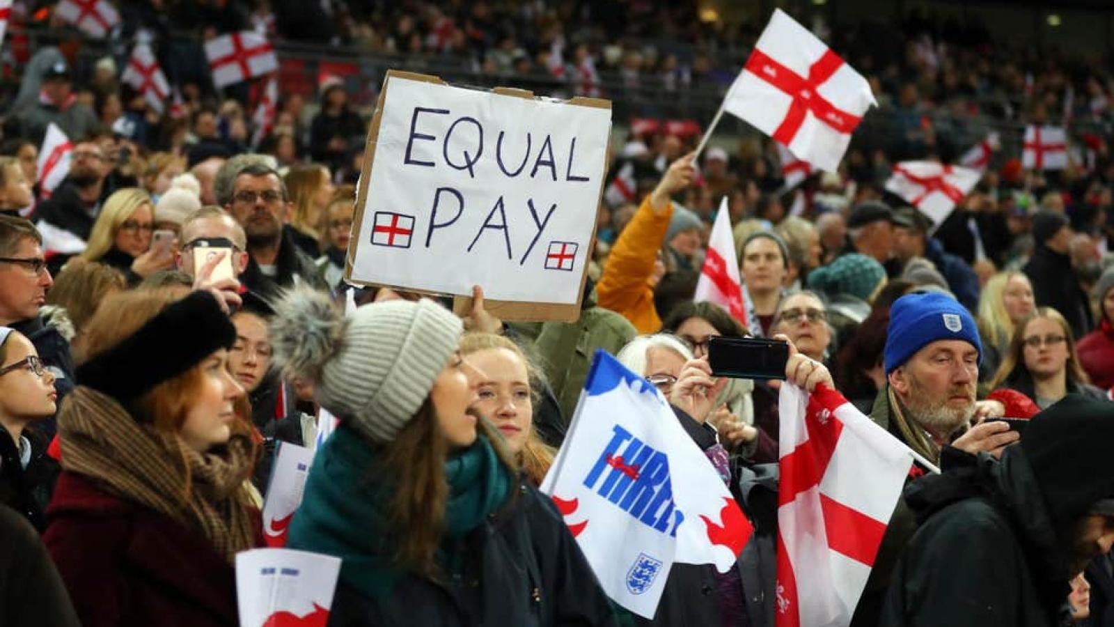 Anh, Brazil đồng loạt tăng thù lao cho ĐT bóng đá nữ
