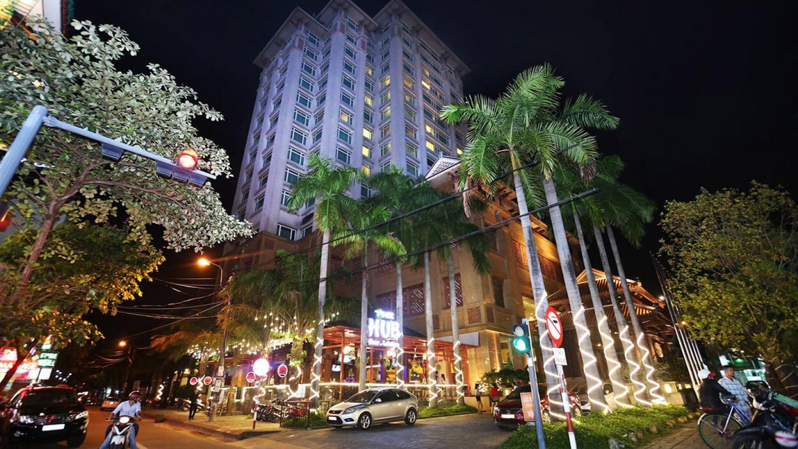 Mua nợ xấu Khách sạn Hoàng Cung – Quyền chủ nợ bị gây khó dễ