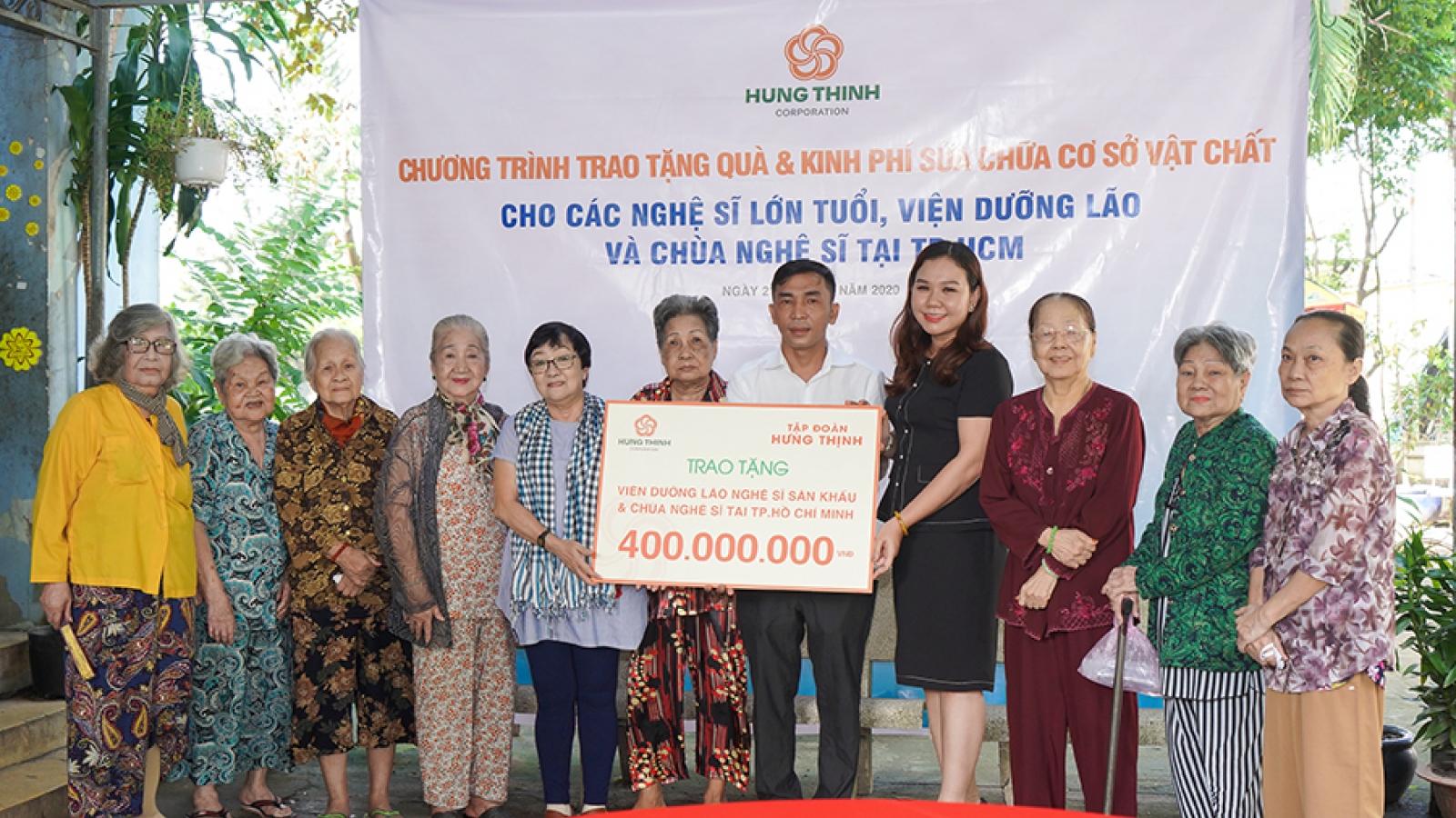 Tập đoàn Hưng Thịnh tặng quà cho Viện dưỡng lão nghệ sĩ và Chùa Nghệ sĩ