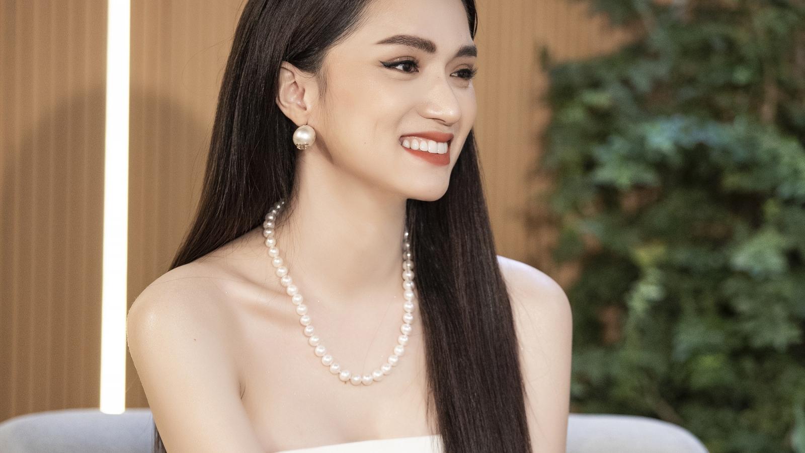"""Hương Giang: """"Ở Việt Nam muốn thành sao hạng A nhanh nhất là làm Hoa hậu"""""""
