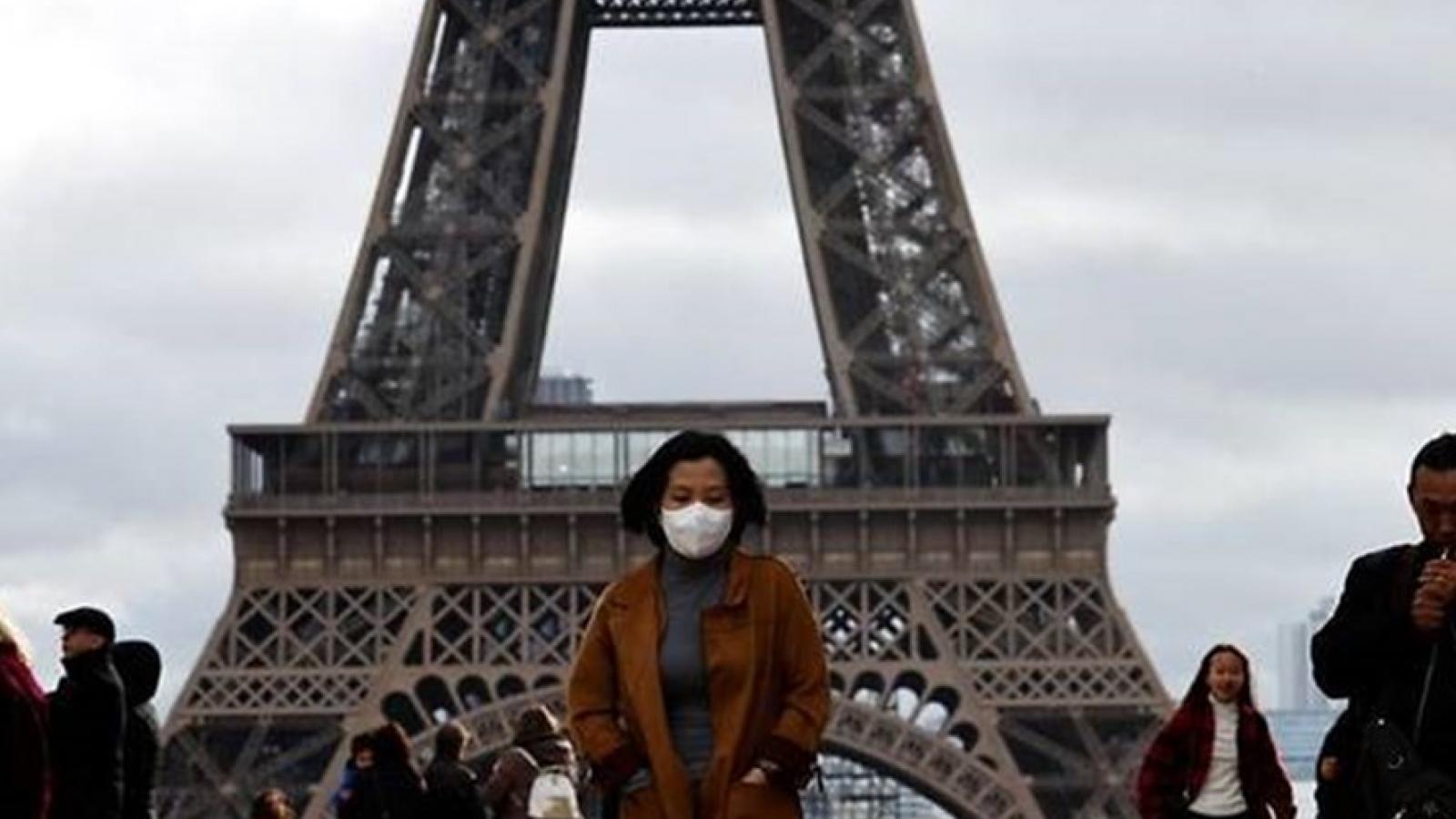 Pháp ghi nhận mức kỷ lục hơn 16.000 ca mắc Covid-19 trong một ngày