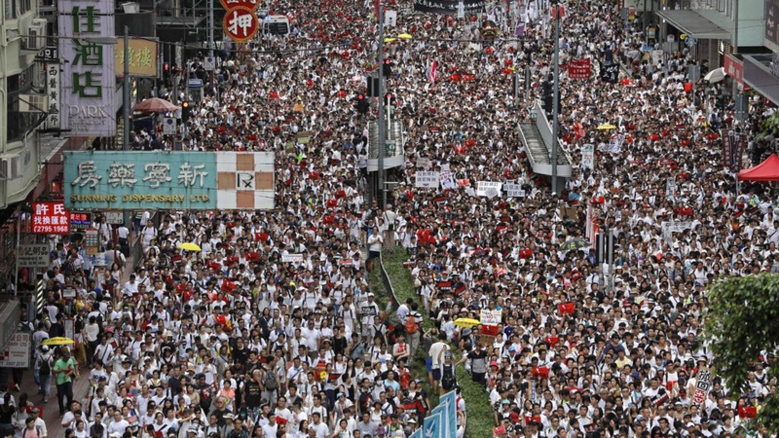 Hong Kong (Trung Quốc) bắt hơn 10.000 người biểu tình phản đối dự luật dẫn độ