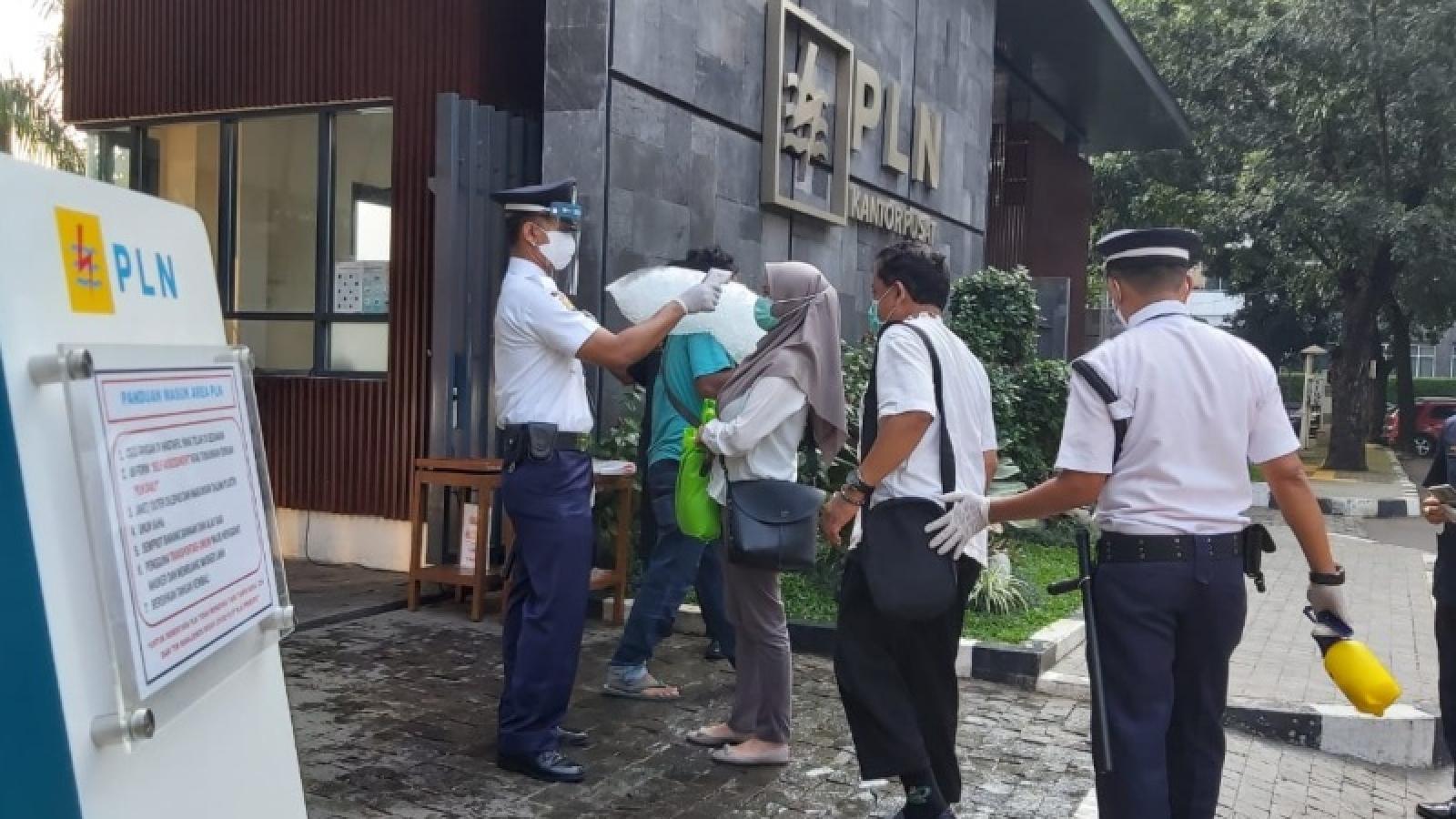 Lỗ hổng gây lây lan Covid-19 ở các Bộ và cơ quan chính phủ Indonesia