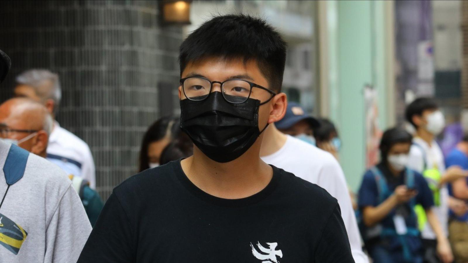 """Thủ lĩnh phong trào """"ô dù"""" Hong Kong Joshua Wong bị bắt giữ"""