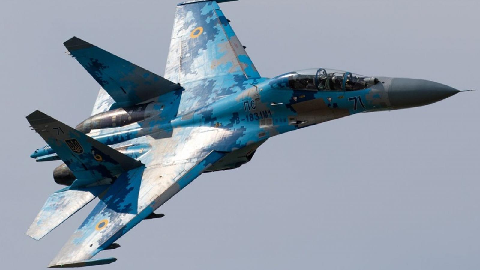 Nga điều 8 máy bay chiến đấu chặn 3 oanh tạc cơ chiến lược của Mỹ trên Biển Đen