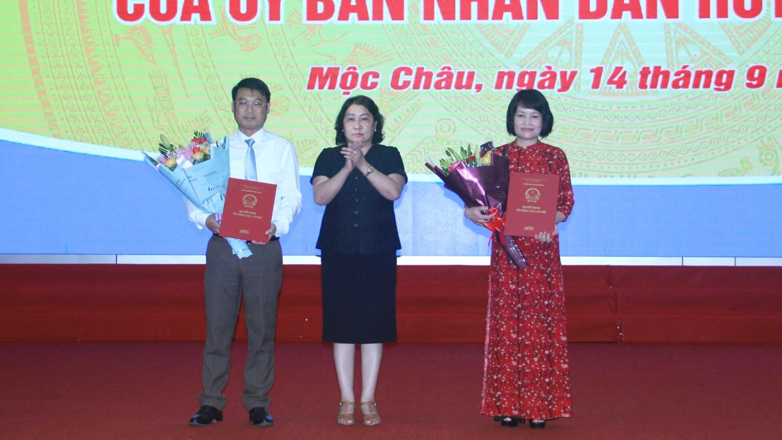Chủ tịch Sơn La phê chuẩn tân Chủ tịch huyện Mộc Châu
