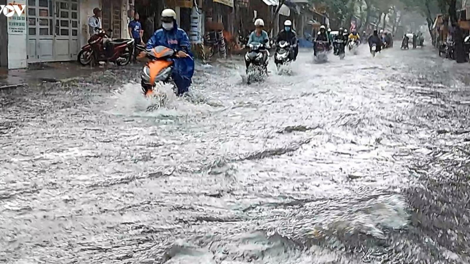 TPHCM chạy đua chống ngập mùa triều cường