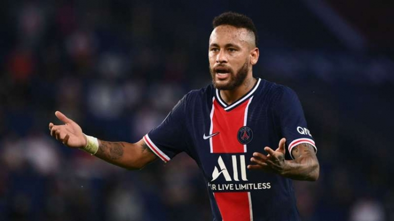 Neymar bị cấm thi đấu 2 trận sau sự cố ở trận gặp Marseille