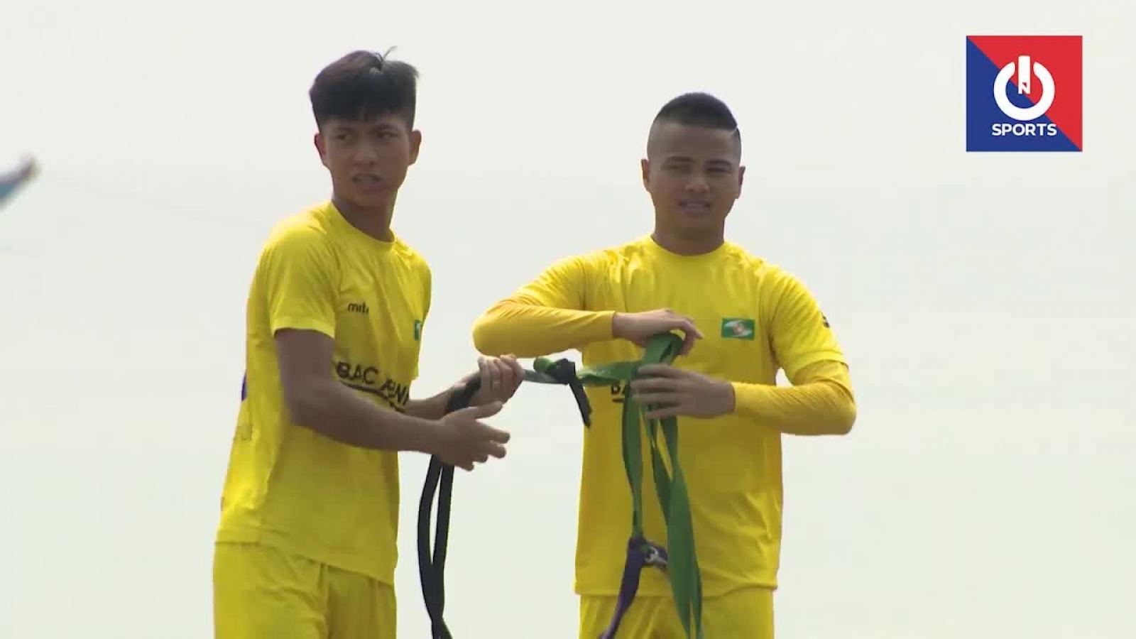 Phan Văn Đức và đồng đội ở SLNA miệt mài tập luyện chờ ngày V-League trở lại