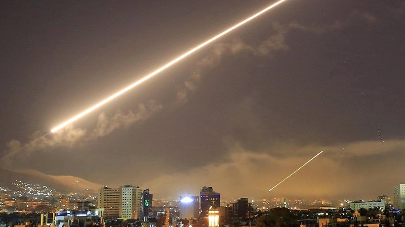 Vụ không kích của Israel làm 10 lính Syria chết, 1 dân quân Iran thiệt mạng