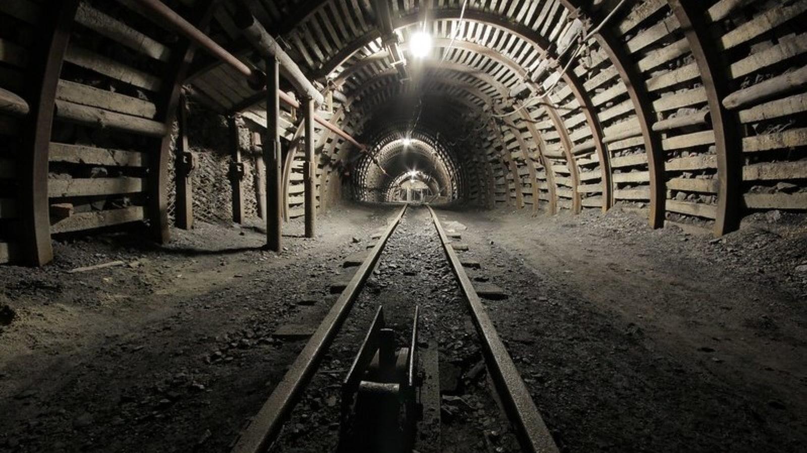 Chính phủ Ba Lan đạt thỏa thuận lịch sử ngừng khai thác than vào năm 2049