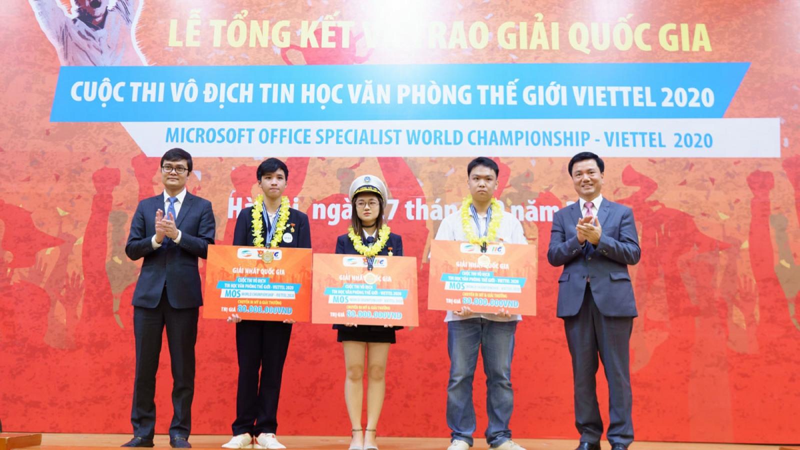 Trao giải thưởng cho 3 nhà vô địch quốc gia Cuộc thi Vô địch Tin học văn phòng Thế giới