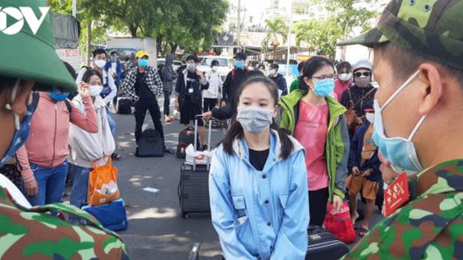 Quảng Bình đón 200 người dân ở Đà Nẵng về quê